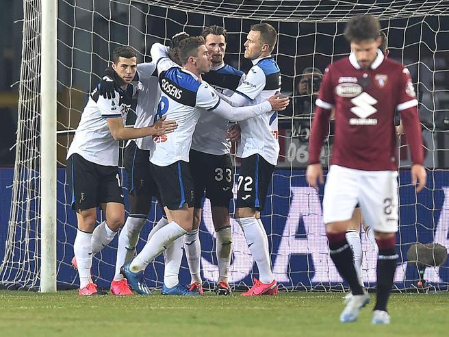 Torino-Atalanta 0-7, l'uragano Ilicic (un gol da 40 metri per la tripletta) travolge i granata