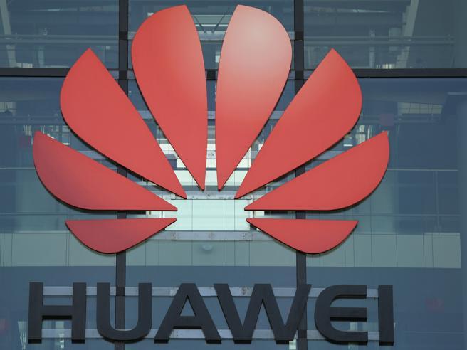 5G, Londra dice sì  a Huawei. Usa delusi: «La sicurezza mondiale così è a rischio»Le città saranno sabotabili?