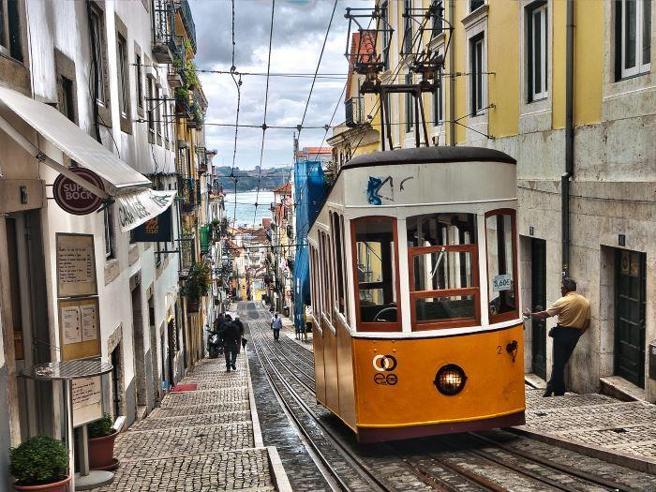 Portogallo, addio  pensioni  senza tasse Scatta l'imposta del 10% per gli stranieri