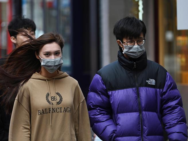 Virus Cina, il rientro degli italiani «Quarantena di quindic