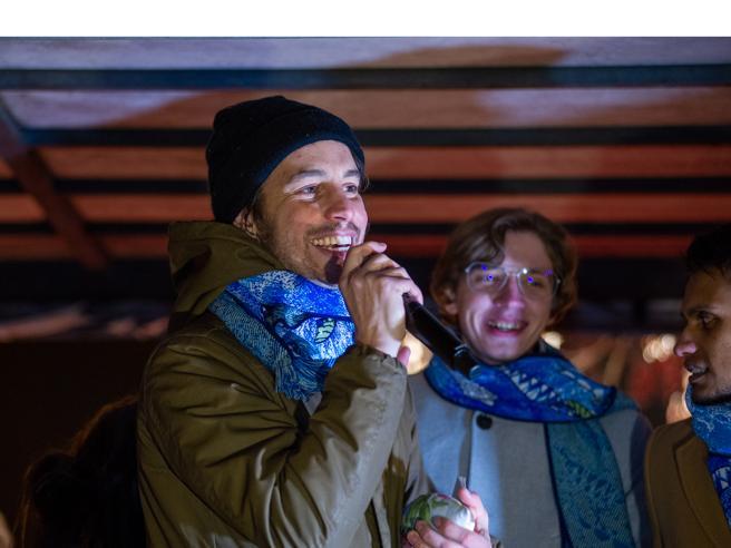 Le Sardine: «Sulla foto con Benetton noi ingenui. Conte? Adesso ci inviti»
