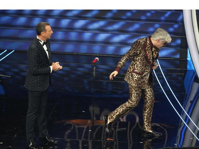 Morgan, Bugo abbandona il palco di Sanremo