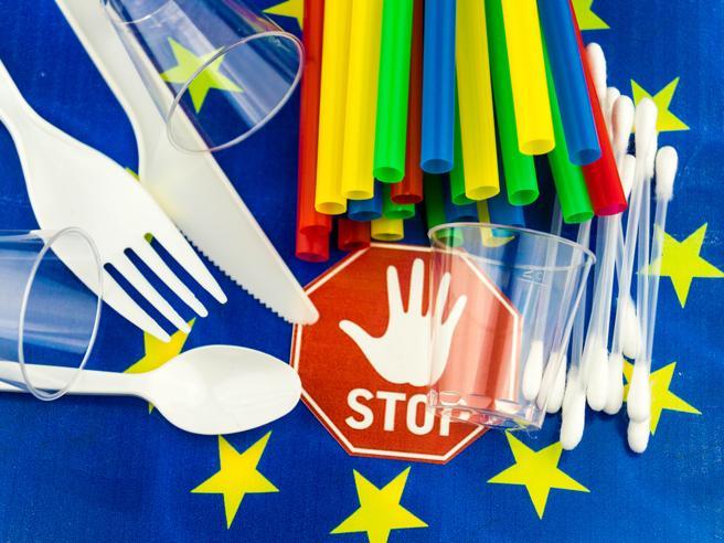 Dodici mesi per eliminare la plastica