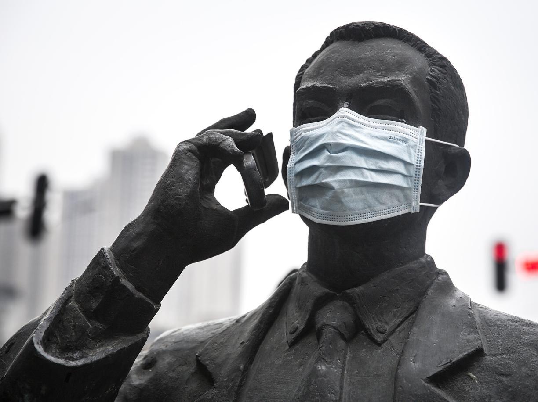 Il virus dall'Oriente e la malattia come metafora