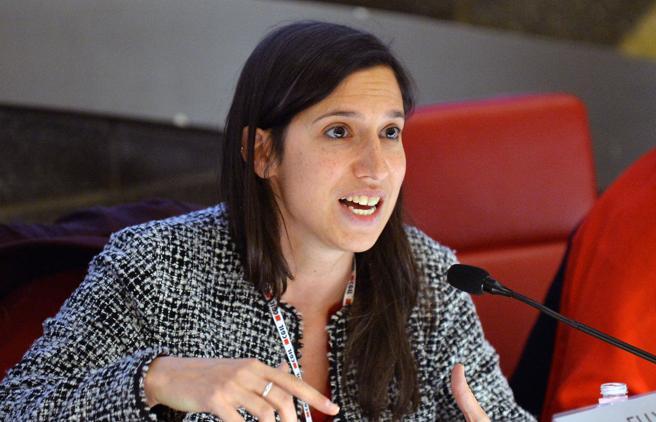 Emilia Romagna, la vicepresidente Elly Schlein: «Ho amato uomini e donne Ora sto con una ragazza»