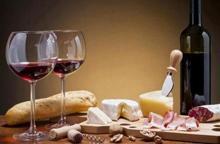 Dazi Usa, il prelievo per Parmigiano, liquori e salami resta al 25%
