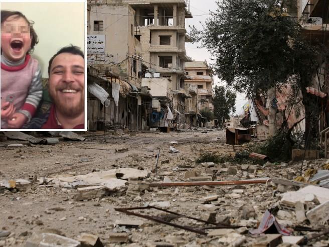 «Ridere sotto le bombe»: il gioco del papà in Siria per non far spaventare la figlia
