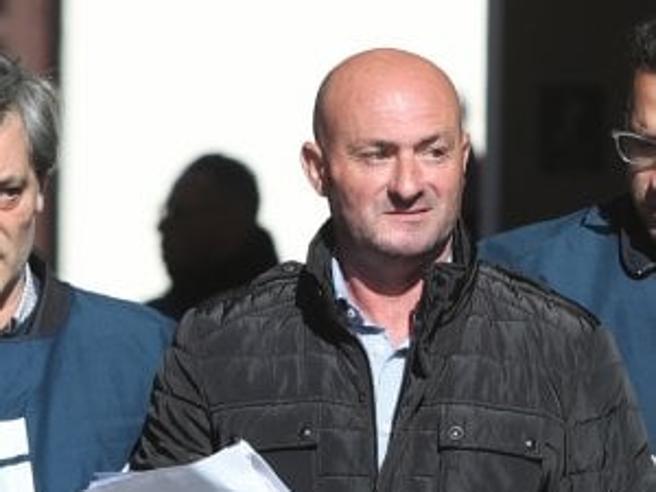 """Arrestato per  mafia  il  fratello della vedova dell'agente Schifani morto a  CapaciLei: """"Sono a pezzi, lo ripudio"""""""