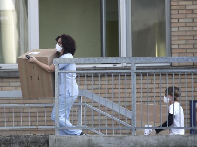 Coronavirus, cosa sappiamo dei casi  in Lombardia e Veneto