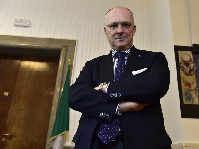 Coronavirus, Ricciardi: «La prossima settimana capiremo se i