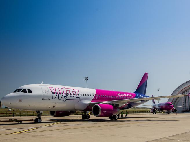 La low cost Wizz Air taglia il 60% dei voli per l'Italia