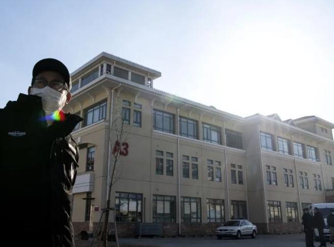 La Cina punisce il professor Zhang che ha scoperto la sequenza del virus