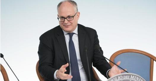 Elezioni suppletive a Roma, vince Gualtieri con il 62,2%. 5 Stelle al 4,4