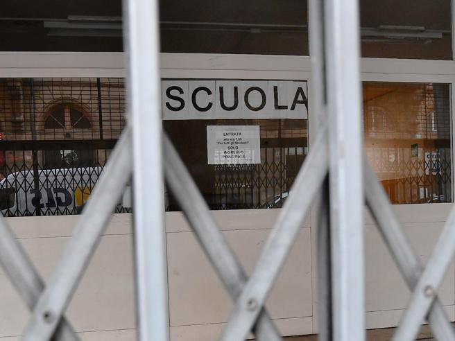 Coronavirus, scuole chiuse in tutta Italia almeno fino a metà marzo
