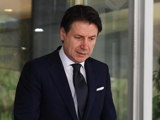Coronavirus, il governo: «Scuole chiuse in tutta Italia? Se ce lo chiedono gli scienziati non è escluso»