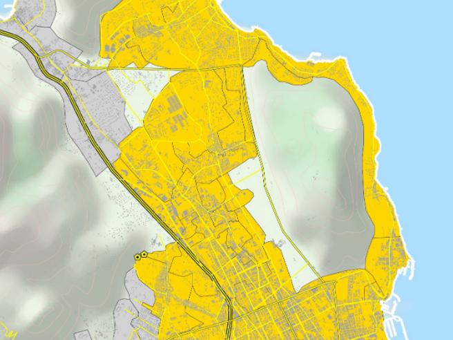 Palermo, l'acqua non è potabile in molte zone della città: «Inibito il consumo umano»