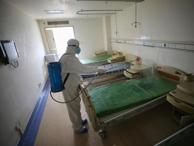 Coronavirus, in Italia sarebbero contagiate più di 100.000 persone