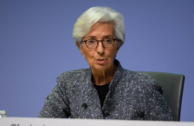 Coronavirus, la Bce mette in campo 750 miliardi: ecco perché può davvero salvare l'Italia