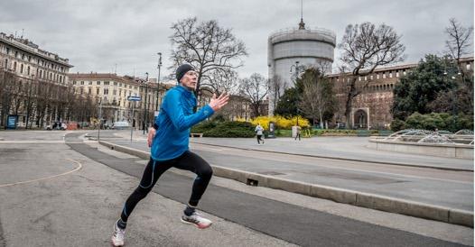Nuova stretta in Lombardia: stop a sport all?aperto anche se soli, studi professionali e cantieri