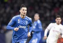 Calcio, pronti i tagli agli stipendi dei calciatori: fino al 30% in meno in A