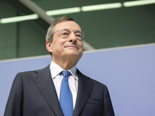 Draghi: «Coronavirus, siamo in guerra. Non possiamo esitare, il costo potrebbe essere irreversibile»