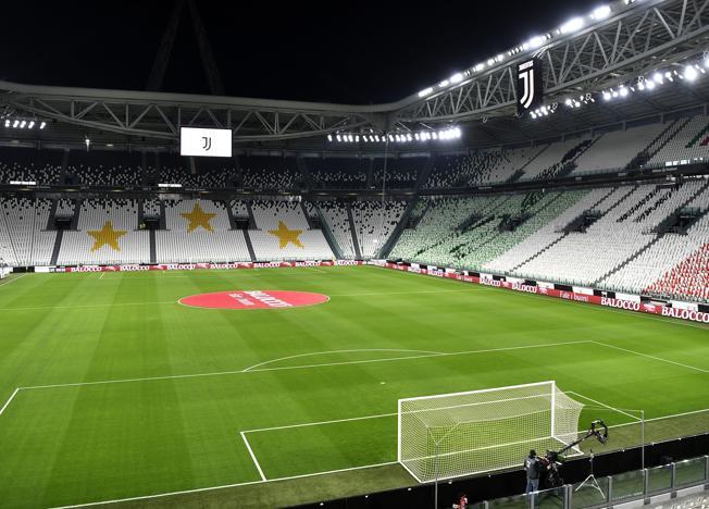Il taglio degli stipendi della Juve è un paradosso: piace ai calciatori e non alla Lega