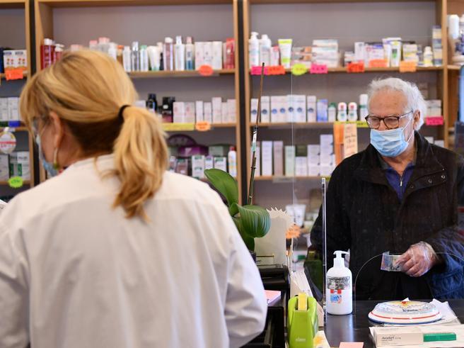Aifa: «Clorochina non approvata per prevenire infezione da Sars-CoV-2»