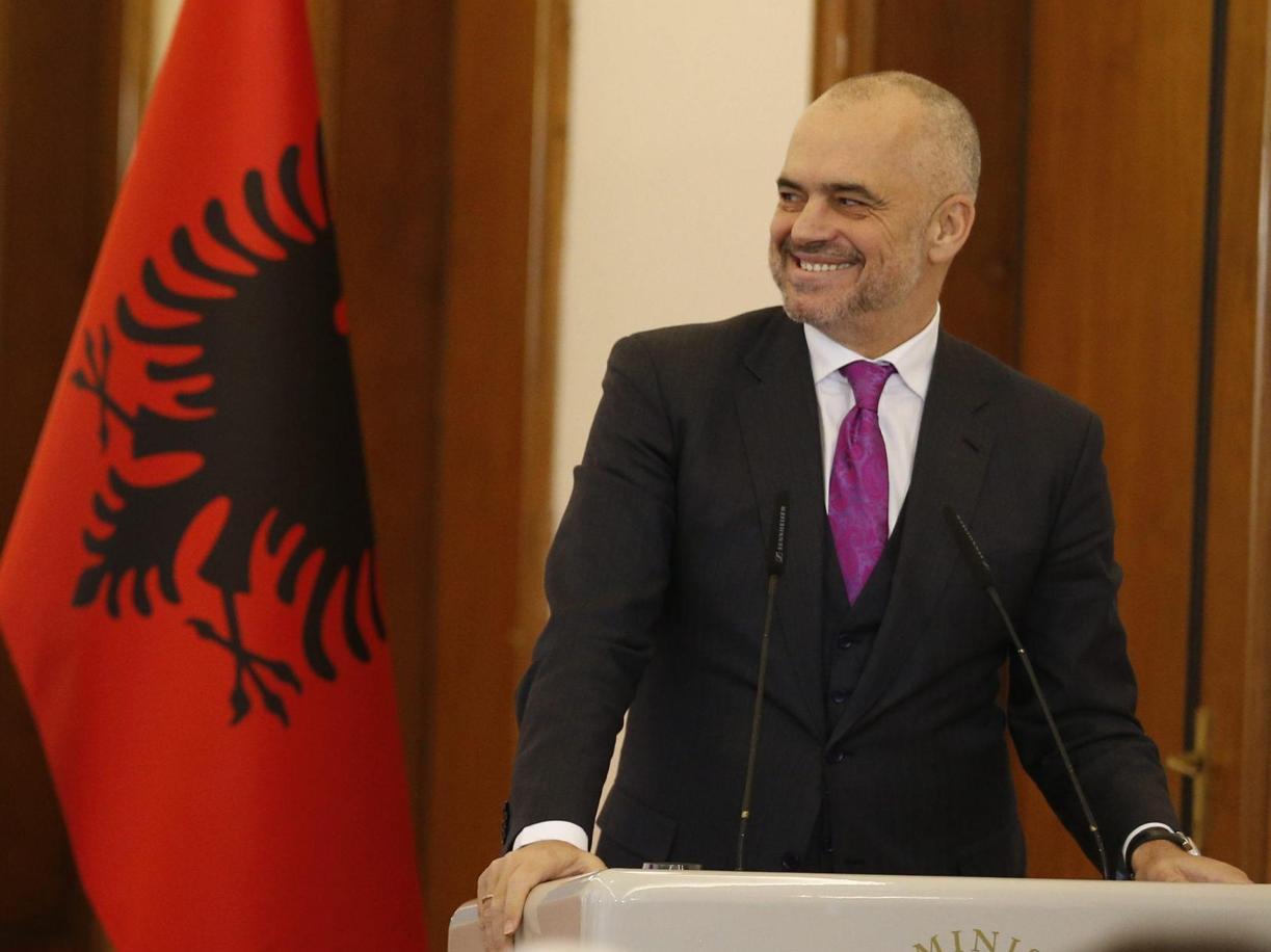 Il premier albanese Edi Rama (Epa)