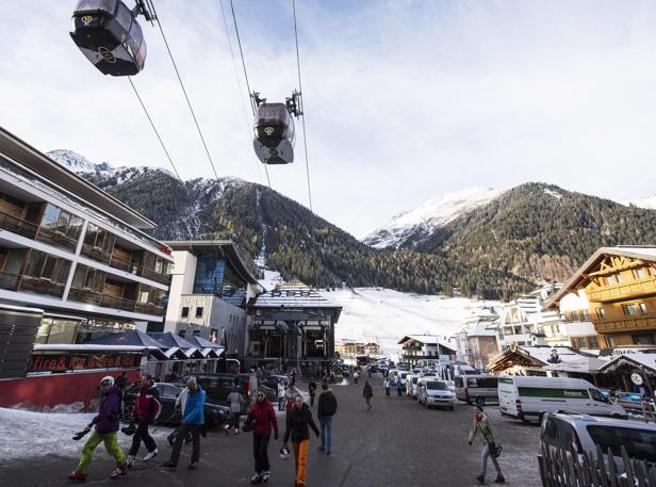 Turisti contagiati fanno causa a Ischgl: «Sottovalutata l'epidemia»