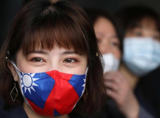 Coronavirus, Taiwan dona 10 milioni di mascherine (ma resta fuori dall'Oms)