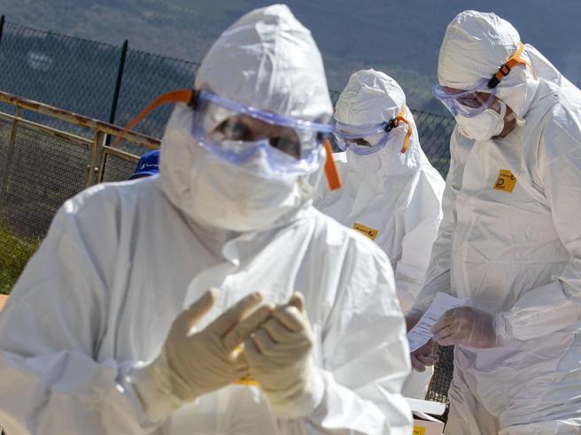 In Veneto la «patente di immunità»,  a tappetotest sugli anticorpi: «Così si tornerà a lavorare»