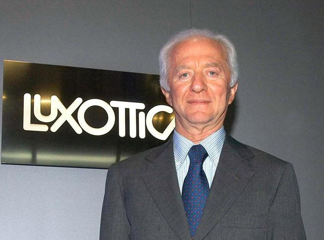 Luxottica riduce lo stipendio ai manager e integra la cig al 100% ai dipendenti  Da Tim a Barilla, chi assicura i lavoratori