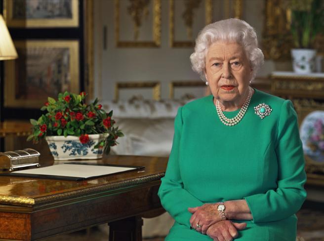 Coronavirus, il discorso della regina Elisabetta in tv per q