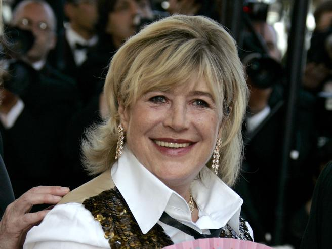 Coronavirus, ricoverata la cantante Marianne Faithfull: è stabile