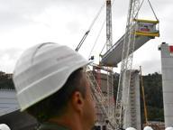 Genova, rinasce il Ponte. Il sindaco Bucci: «Struttura completata il 21 aprile»