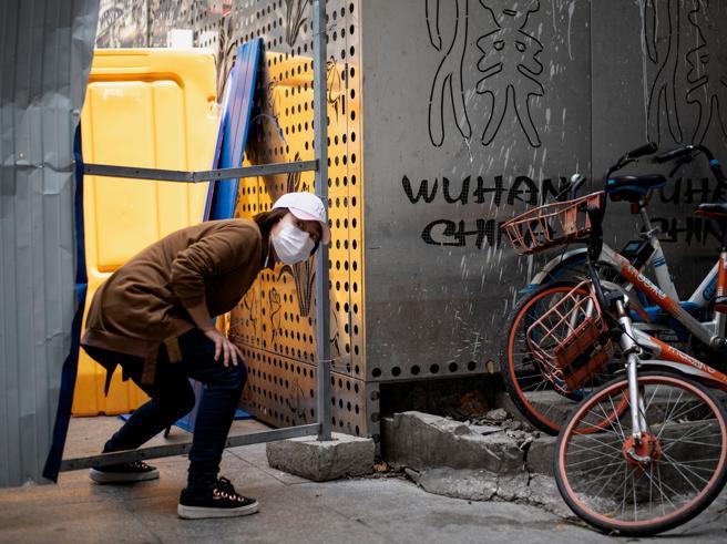 Coronavirus, la Cina dichiara «zero morti». E Wuhan riparte