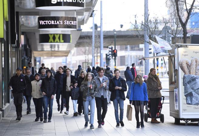 La Svezia si prepara al lockdown: il premier chiede poteri eccezionali