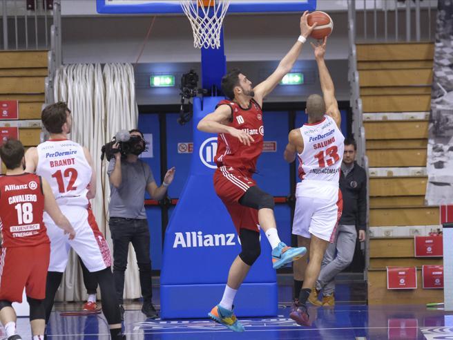 Coronavirus, il basket chiude il campionato di serie A, respinta l'istanza di Virtus e Fortitudo Bologna