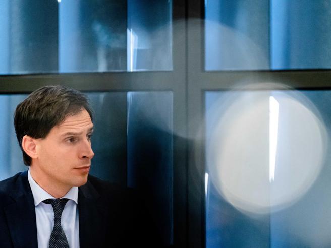 Perché Germania e Olanda sono contro i coronabond? Proviamo a capirlo|Il veto dell'Olanda, l'ira di Roma