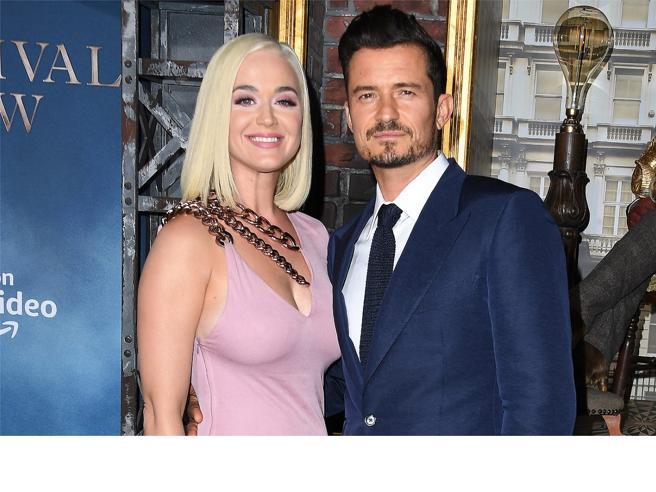 Orlando Bloom e Katy Perry in crisi: «Colpa del Coronavirus». Gravidanza e lockdown stanno mettendo a dura prova la coppia