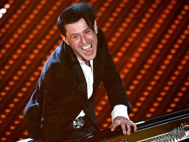 È morto Ezio Bosso, il pianista che sapeva commuovere. Aveva 48 anni