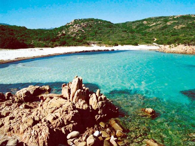 Coronavirus, vacanze  in Sardegna nel 2020? Servirà il passaporto sanitario