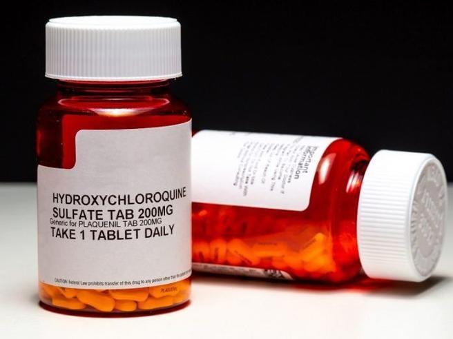 Cos'è l'idrossiclorochina, il farmaco che Trump prende «contro il coronavirus»