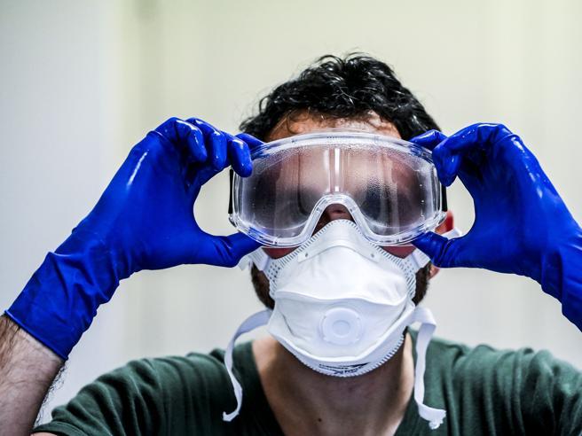 Rimborsi per mascherine per le aziende finiti in un secondo: il flop di Impresa sicura