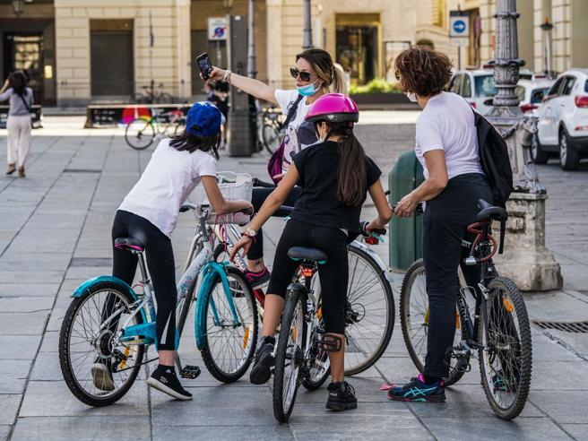 Bicicletta, è boom: da Cinelli a Bottecchia e De Rosa corrono le 250 aziende italiane che le fabbricano