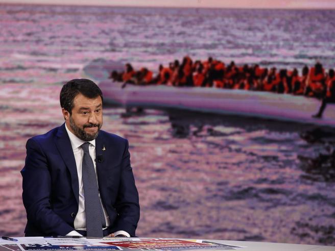 Il voto sul processo a Salvini: respinta la richiesta,  Ital