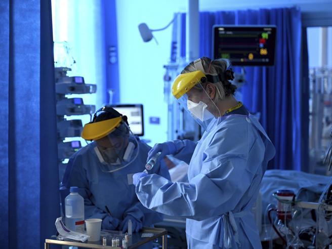 Per il 30% dei guariti   problemi respiratori cronici. Polmo