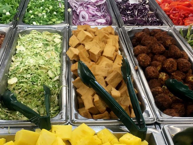 Pasti vegani in mensa, un diritto? Ecco a che punto siamo (e una sentenza importante)