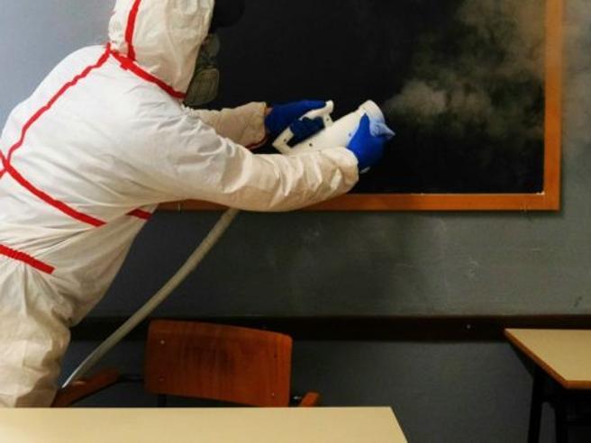 Coronavirus, rientro a settembre: classe a casa se c'è un co