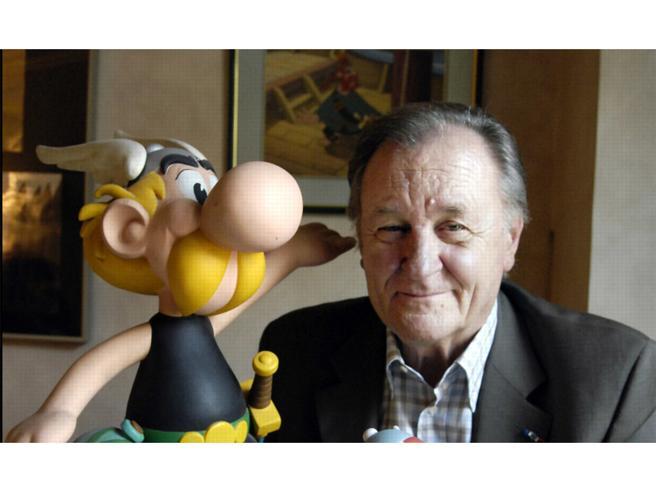 Quattro disegni di Asterix battuti all'asta per 390 mila euro. I proventi in beneficenza